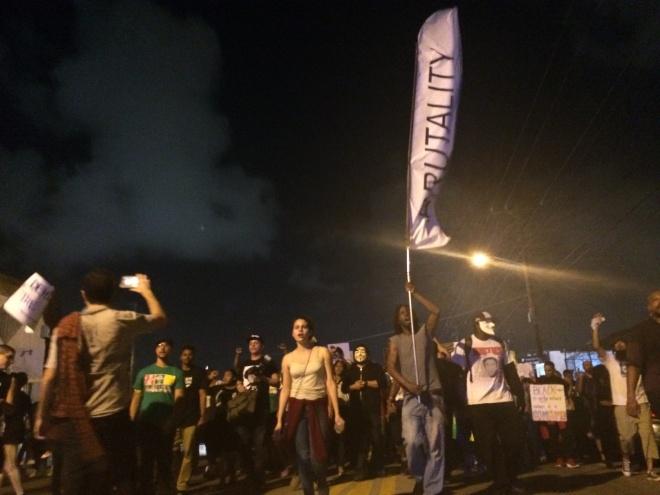 Art Basel 2104 #BlackLivesMatter protest stops traffic in Miami.
